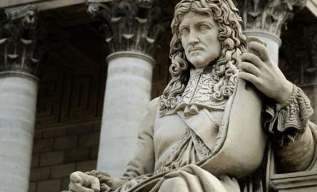 «Négrophobie d'Etat»: renvoi du procès du taggeur de la statue de Colbert