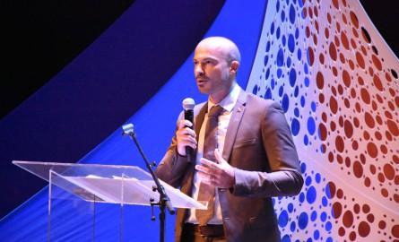 La Réunion : Le directeur général de l'Ile de la Réunion Tourisme Willy Ethève rejoint la société Aéroportuaire Roland Garros