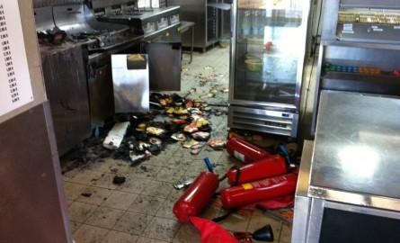 Gilets jaunes et crise sociale à La Réunion : Le préfet annonce un couvre-feu au 4èmejour de mobilisation