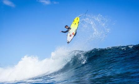 Tahiti Pro Teahupo'o : Le Brésilien Gabriel Medina vainqueur, Jeremy Flores remonte au classement mondial