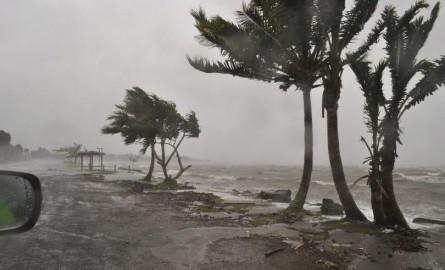 Eté Austral : Dans le Pacifique sud, une saison cyclonique « accrue » à l'ouest, « réduite » à l'est