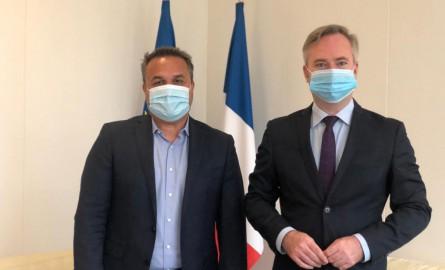 La Réunion : Entretien du président de la Région Didier Robert et du secrétaire d'État Jean-Baptiste Lemoine, concernant la situation du secteur du tourisme du territoire