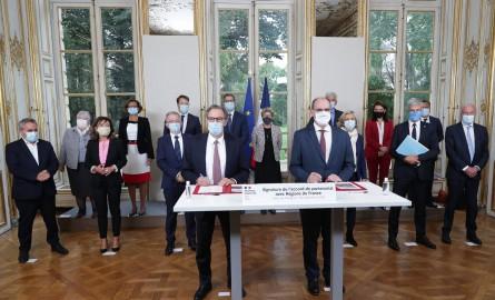 Le Président Didier Robert a signé avec le Premier Ministre le Grand Plan de Relance qui renforce les responsabilités des régions