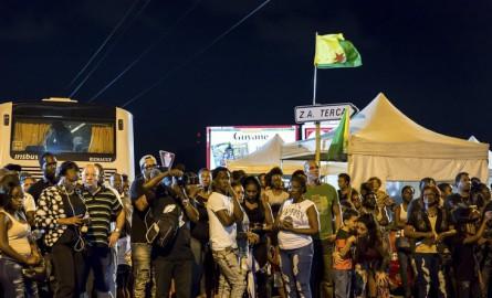 Crise sociale en Guyane: Matthias Fekl et Ericka Bareigts saluent «l'esprit de responsabilité»