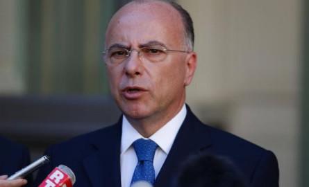 Bernard Cazeneuve annonce plus de 400 policiers et gendarmes supplémentaires aux Antilles-Guyane