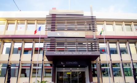 Référendum en Nouvelle-Calédonie : Le Congrès calédonien valide la modification de la loi organique pour l'inscription automatique sur les listes électorales référendaires
