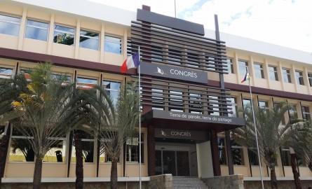 Congrès de la Nouvelle-Calédonie : Qui succédera à Thierry Santa ?