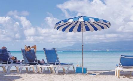Tourisme : Les Guadeloupéens favorables à la reprise du tourisme de séjour mais réticents au redémarrage des croisières