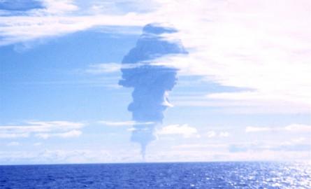 Essais nucléaires en Polynésie : Le « rapport qui dérange » du Dr Christian Sueur