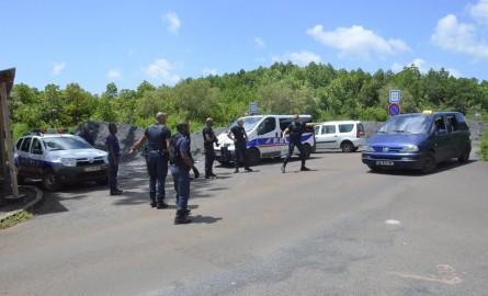 Mayotte: 597 éloignements et départs volontaires depuis mi-mars d'après la Préfecture