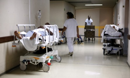 Accès aux soins en Outre-mer : La Guyane et Mayotte accusent « des retards très importants » selon la CNCDH